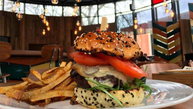 Culaccino burger